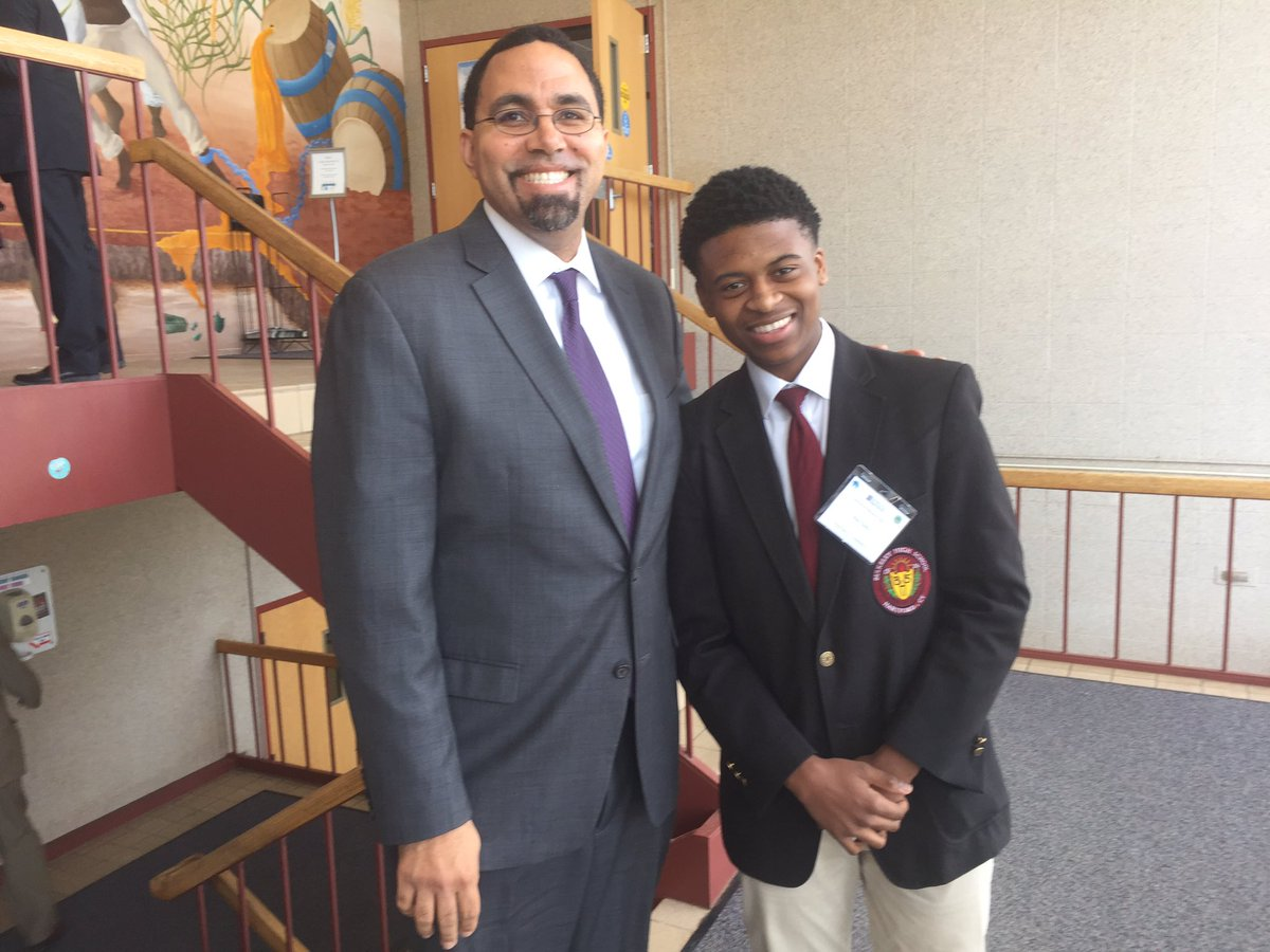 Bulkeley High School Student Joins U.S. Secretary of Education at Connecticut Equity Lab