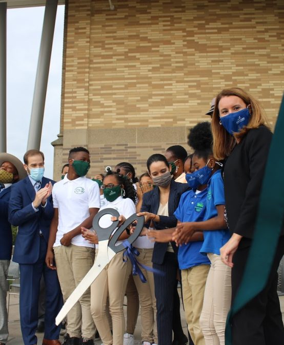 HPS Community Celebrates MLK Campus Reopening with Ribbon Cutting